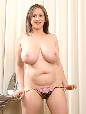 Naked Mature Thong Porn Pictures