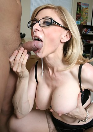 Naked Mature Facial Porn Pictures