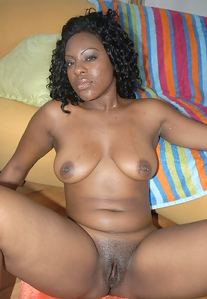 Naked Mature Nipple Piercing Porn Pictures