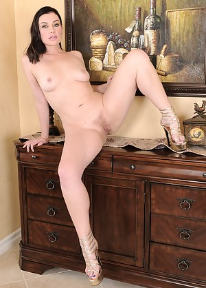 Naked Mature Erotica Porn Pictures