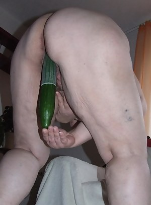 Naked Mature Bizarre Porn Pictures