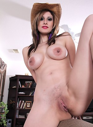 Naked Mature Country Girl Porn Pictures