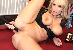 Naked Crazy Mature Porn Pictures