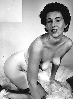 Naked Mature Vintage Porn Pictures