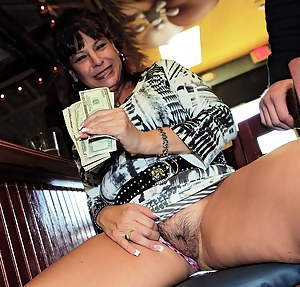 Naked Mature Money Porn Pictures