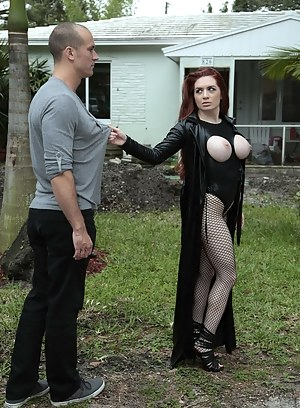 Naked Mature Mistress Porn Pictures