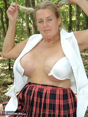 Naked Mature Pigtails Porn Pictures